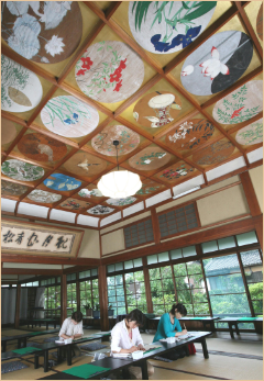 写仏道場の絵天井
